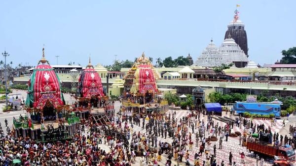 Banyak kuil diIndiatelah mengadopsi tradisi lama memberi makan massa, memungkinkan para peziarah dan pelancong untuk menikmati makanan sehat dan lezat setiap hari (Foto: CNN)