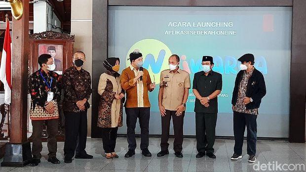 Peluncuran Aplikasi iWarga di Purwokerto untuk sedekah online