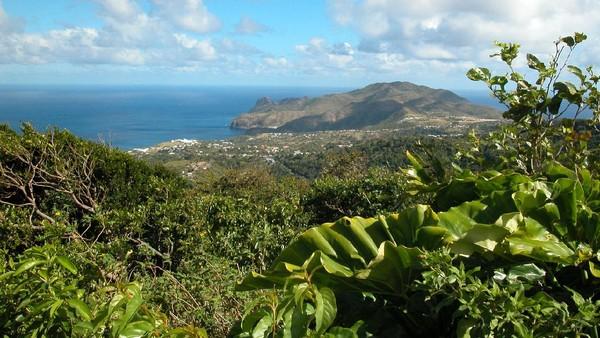 Tapi, kini, mulai bulan Oktober, aturan dilonggarkan. Turis yang sudah divaksin boleh datang ke Montserrat.(iStock)