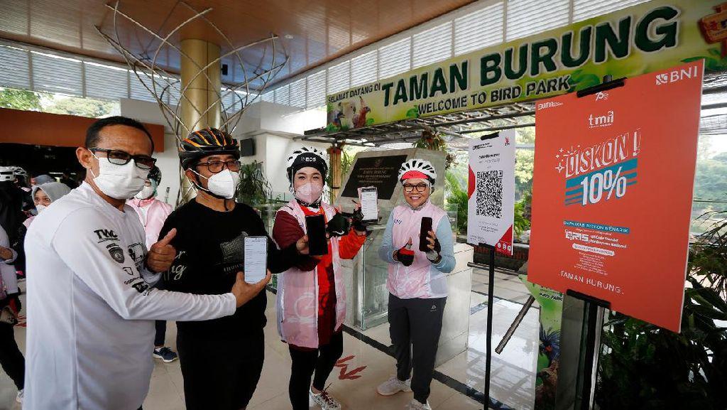 BNI Dorong Transaksi QRIS di Taman Mini Indonesia Indah