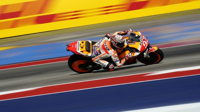 Marc Marquez (93), of Spain, steers through a turn during an open practice session for the MotoGP Grand Prix of the Americas  motorcycle race at the Circuit of the Americas, Friday, Oct. 1, 2021, in Austin, Texas. (AP Photo/Eric Gay)