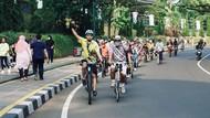 Hari Batik Nasional, Bike To Work Bogor Gelar Lawang Salapan Batik Ride
