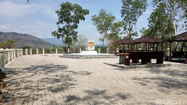 Ketua Pengelola Bukit Soeharto, Wahyu Bintoro mengatakan, biasanya sebelum PPKM buka pukul 08.00 hingga malam hari. Namun saat ini pihaknya belum mau membuka wisata karena mematuhi aturan PPKM.