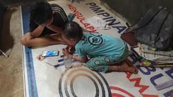 Dua orang anak di Boyolali mengidap kelainan kulit. Mereka tak tahan panas, dan kulitnya seperti bersisik sekujur tubuh, ini ceritanya.