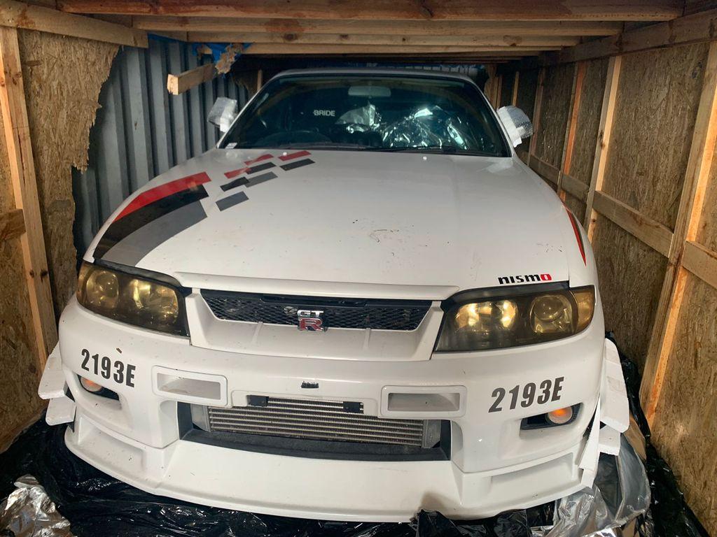 Bea Cukai Batam melelang Nissan GT-R