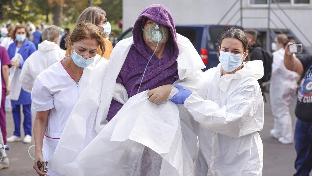Kebakaran di RS Rumania Tewaskan 9 Pasien COVID-19