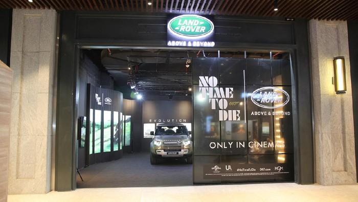 Land Rover Defender Edisi James Bond