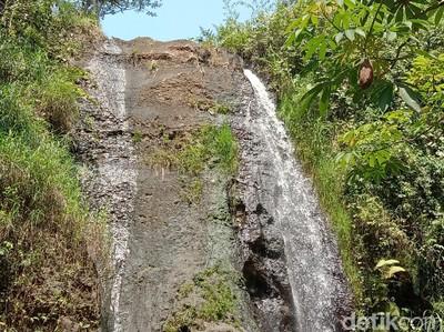 Ada Air Terjun Pengantin di Kudus, Romantis Banget!