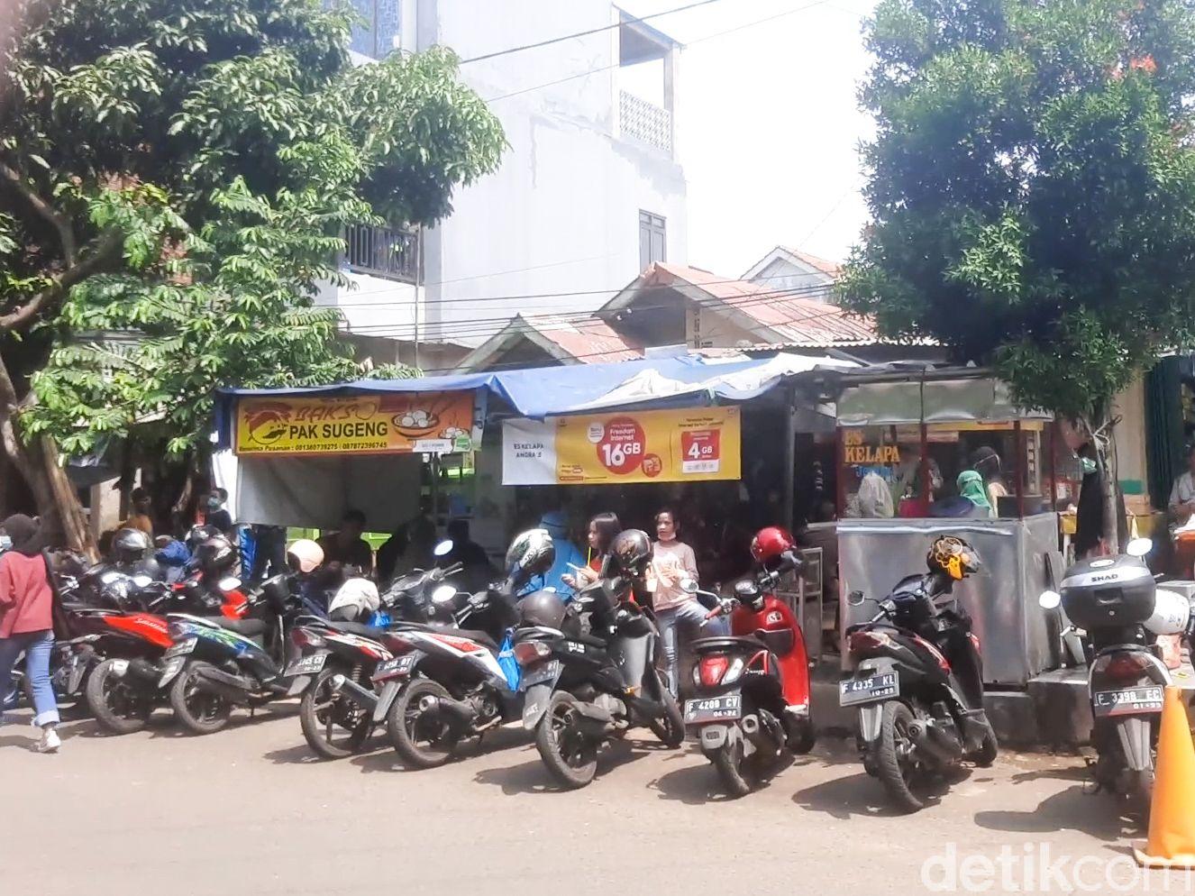 Bakso Pak Sugeng, Bakso Viral di Bogor yang Bisa Habiskan 50 Kg Tetelan Sehari