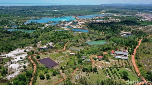 Sebuah lahan bekas tambang di Kabupaten Bangka, Kepulauan Bangka sukses disulap menjadi sebuah kawasan konservasi dan juga pariwisata.