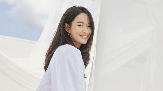 Shin Min Ah (Netflix)