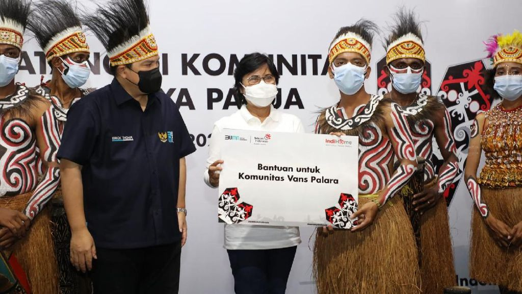 Erick Thohir Puji Komunitas Seni hingga Budaya Binaan IndiHome di Papua