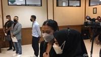 Mediasi Gagal, Tyna Kanna dan Kenang Mirdad Lanjut Cerai