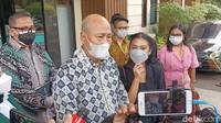 Tyna Kanna dan Kenang Mirdad Masih Serumah Meski Proses Cerai Jalan?