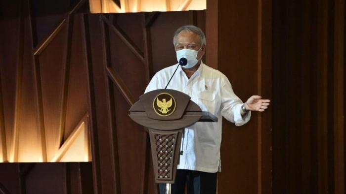Menteri PUPR Basuki Hadimuljono meresmikan operasional Lembaga Sertifikasi Badan Usaha (LSBU) melalui Online Single Submission (OSS) di Jakarta, Selasa (5/10).