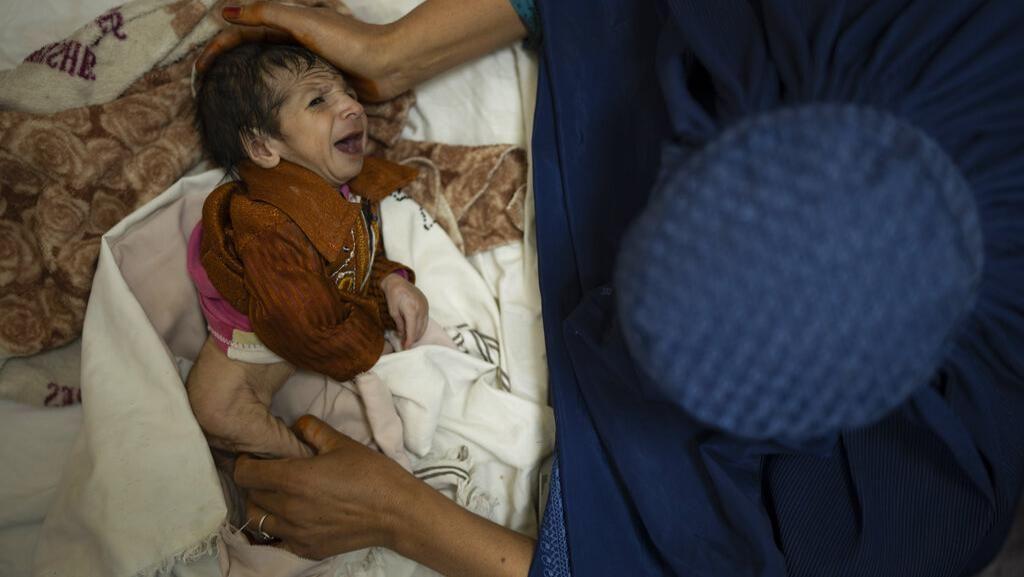 Kisah Bayi Afghanistan Dijual Demi Sesuap Nasi, Myanmar Boikot KTT ASEAN