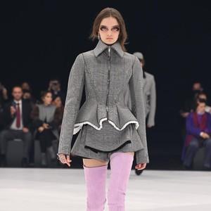 10 Koleksi Busana Givenchy Spring/Summer 2022, Karya Perdana Matthew Williams