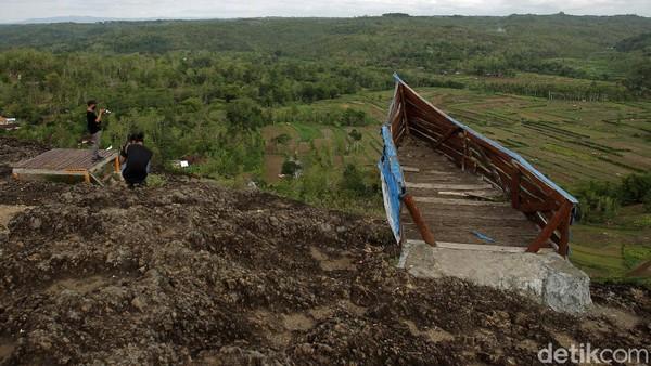 Sementara itu, Bupati Gunungkidul Sunaryanta mengatakan, persiapan pembukaan kembali destinasi wisata dengan skema Uji Coba Terbatas terus dilakukan. Dia mengamini bahwa sejumlah destinasi wisata untuk pembukaan Uji Coba Terbatas.