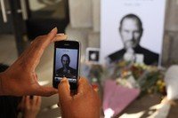 Steve Jobs Meninggal dunia