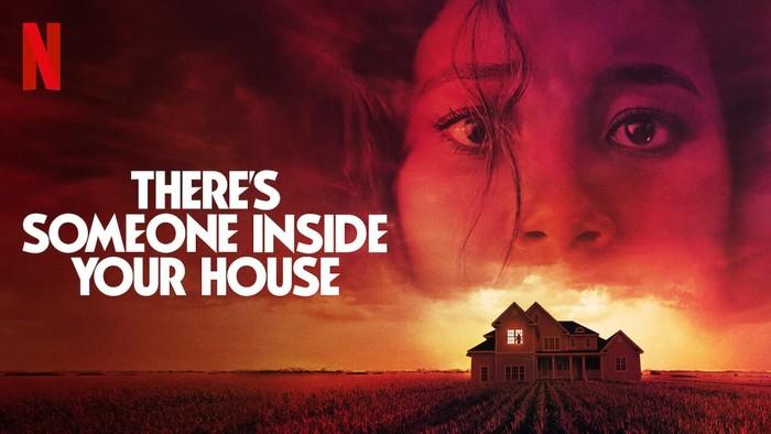 Theres Someone Inside Your House akan menyoroti kisah Makani dan teman-temannya yang berusaha mengungkap misteri pembunuh bertopeng.