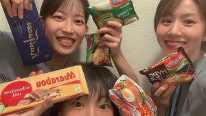 Greysia Polii Bagikan Indomie, Atlet Bulu Tangkis Jepang Kegirangan!
