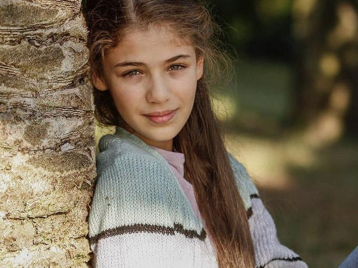 Sosok Isabella Damla Guvenilir, bintang Elif