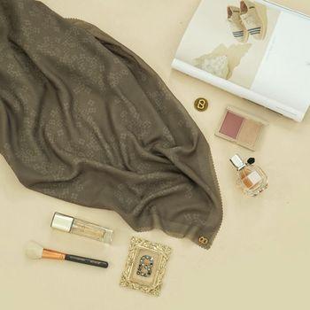 Rekomendasi hijab monogram dari Buttoncraves.