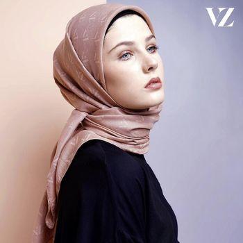 Rekomendasi hijab monogram dari ViviZubedi.