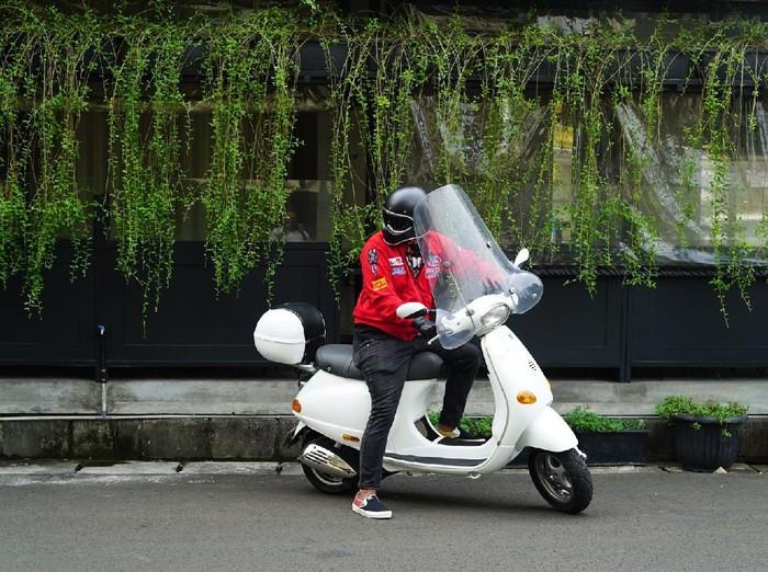Tips buat para skuteris yang ingin tampil kekinian saat bawa Vespa