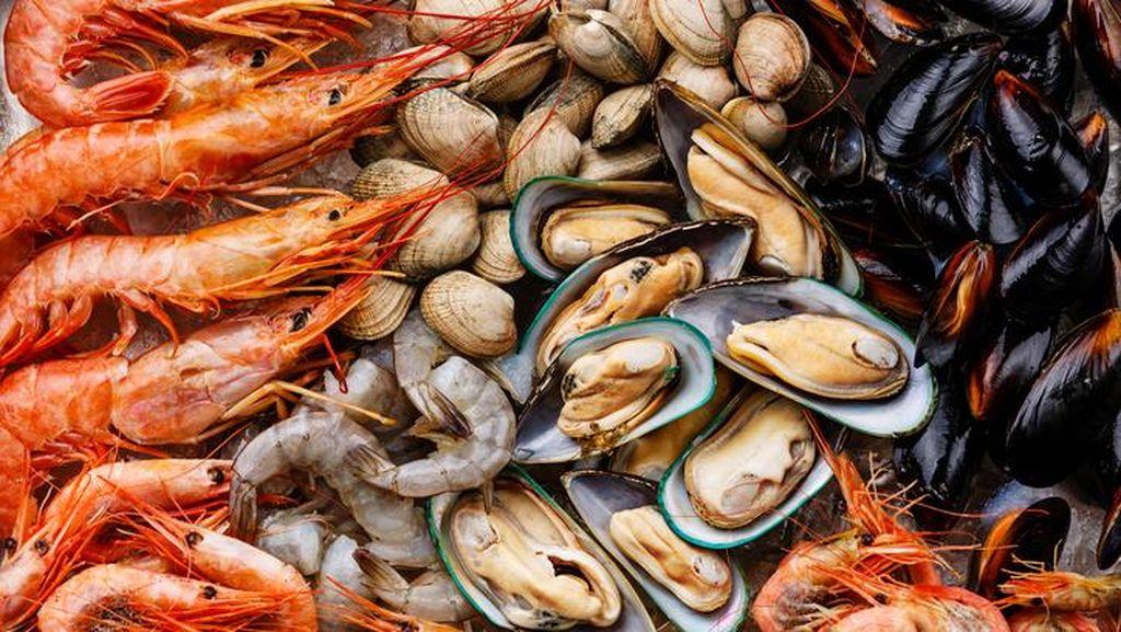 5 Tips Jajan Seafood Gerobakan Supaya Hemat dan Dapat Menu Fresh