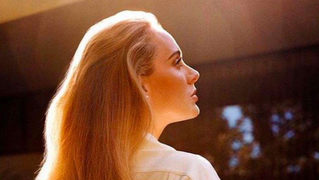 Comeback Sentimental Adele Lewat Easy On Me