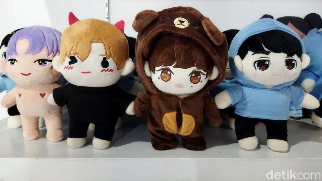 Kisah Perajin Boneka K-Pop di Kota Malang Bertahan Selama Pandemi