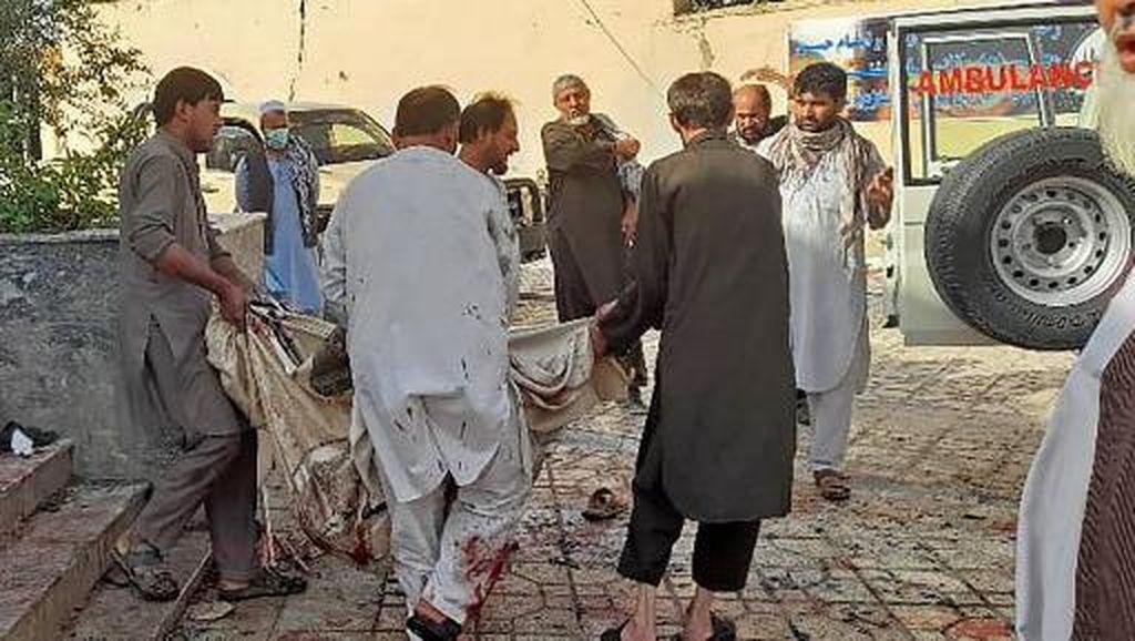 Bom Bunuh Diri di Masjid Syiah Afghanistan Meledak Saat Salat Jumat