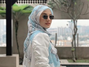 Permaisuri Kerajaan Ini Viral Pakai Hijab Rp 100 Ribu, Banjir Pujian Netizen