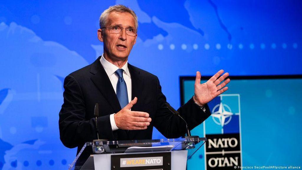 NATO Usir 8 Anggota Delegasi Rusia dari Brussels karena Spionase