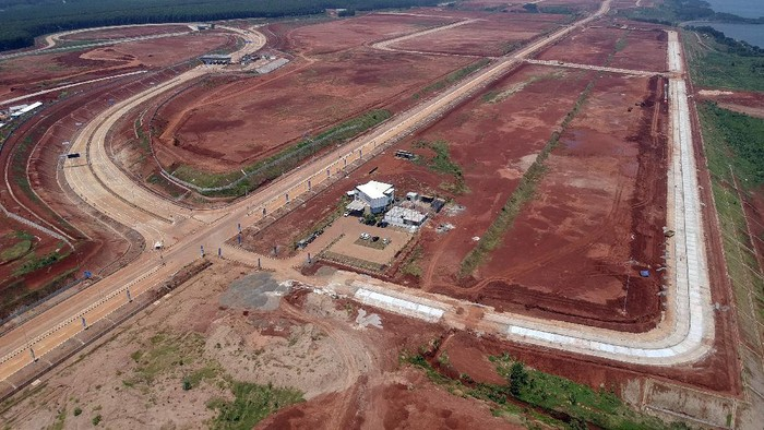 Infrastruktur di Kawasan Industri Terpadu Batang (KITB), Kabupaten Batang, Jawa Tengah, terus dibangun. Begini potretnya.