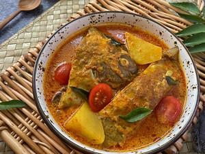 Resep Ikan Bawal Kuah Kari yang Gurih Pedas Buat Lauk Makan Siang