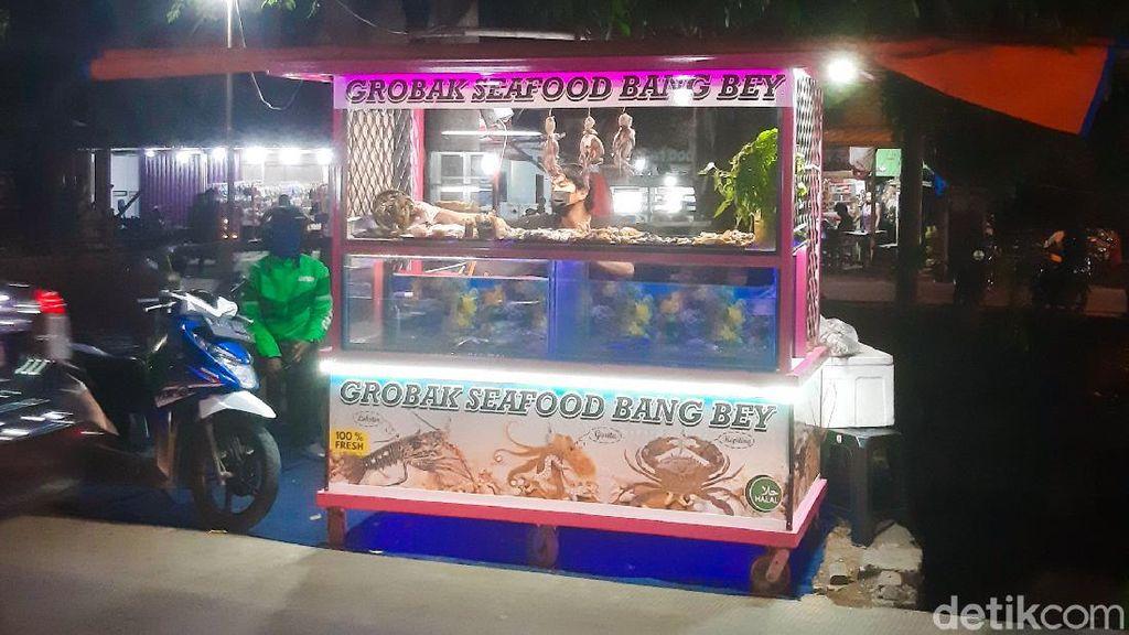 Gerobak Seafood Bang Bey di Bekasi, Murah Meriah Isi Melimpah!