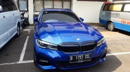 Potret BMW 320i Penabrak Polisi yang Kini Dikandangkan Polisi