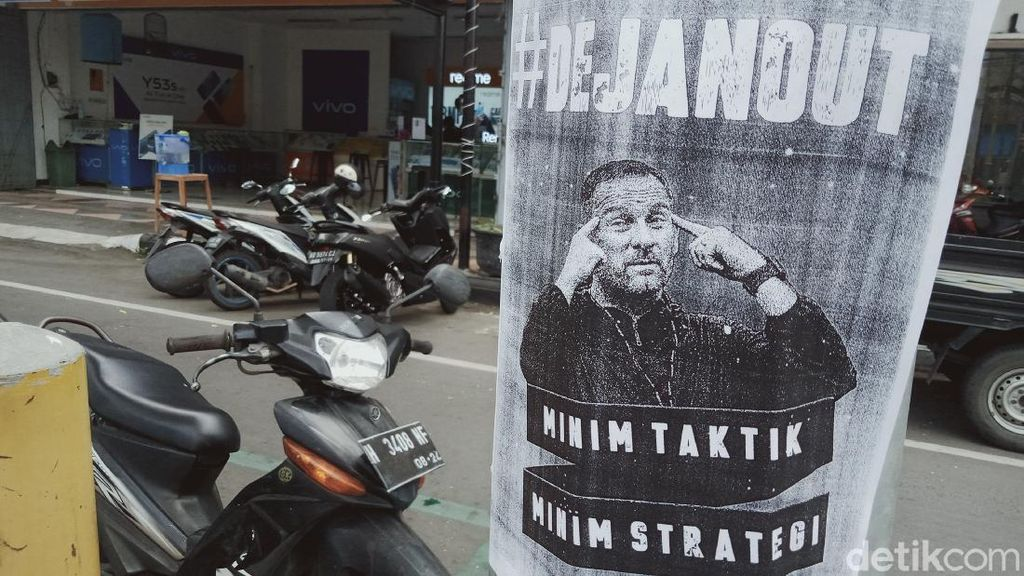 Please Banget, Sleman Fans Tahan Diri Dulu