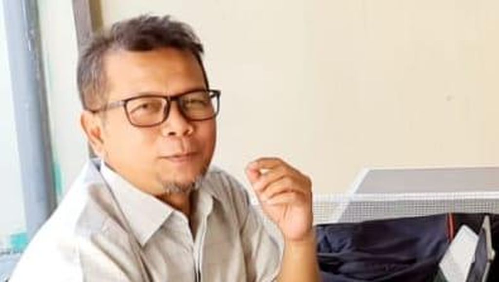 Khofifah Juga Ungguli Risma dalam Survei Pilgub Jatim