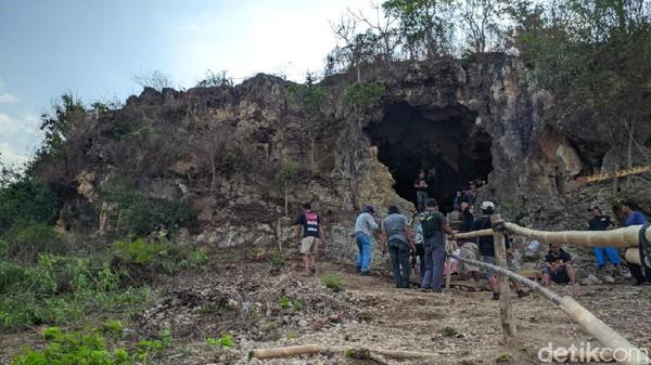 Goa Kelelawar (Lawa) memiliki beberapa gugus lubang yang belum tereksplor.(Imam Suripto/detikcom)