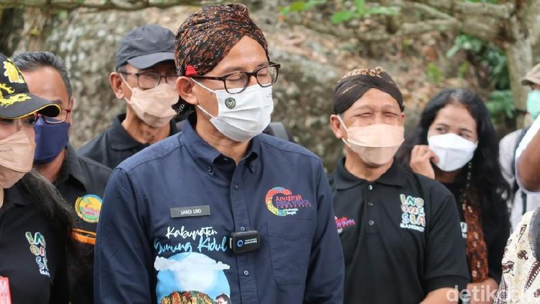 Jadi Desa Mandiri Inspiratif, Sandiaga Minta Nglanggeran Segera Uji Coba Buka