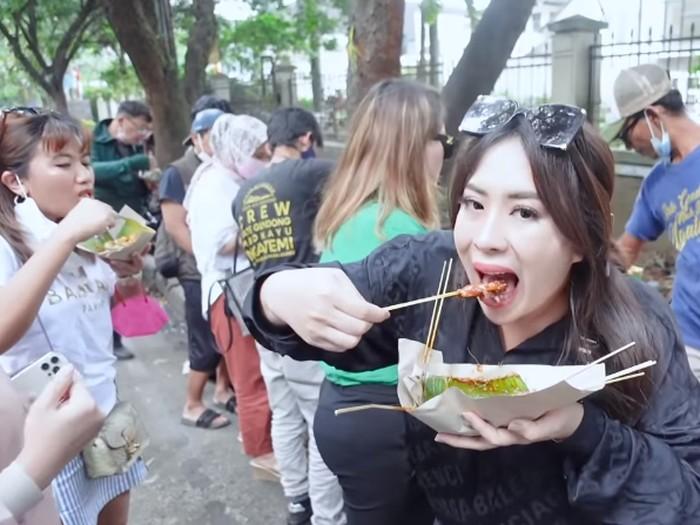 Maharani Kemala, Cobain 5 Tempat Street Food Enak