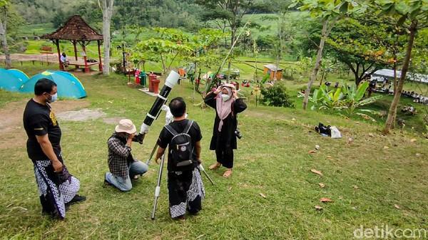 ADWI memiliki tujuh kategori penilaian, yaitu penerapan CHSE, desa digital, suvenir (kuliner, fesyen dan kriya), daya tarik wisata (alam, budaya, buatan), konten kreatif, homestay dan toilet.(Jalu Rahman Dewantara/detikcom)