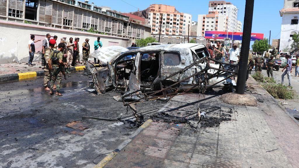 Serangan Bom Mobil yang Targetkan Konvoi Gubernur Aden Tewaskan 6 Orang