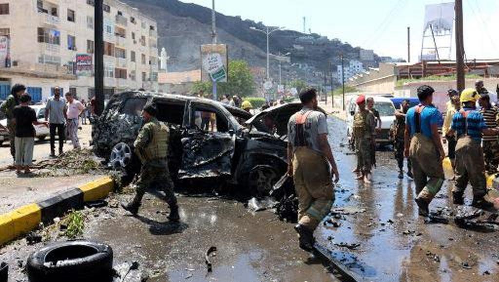 Serangan Bom Mobil saat Konvoi Gubernur Aden Yaman Lewat, 6 Orang Tewas