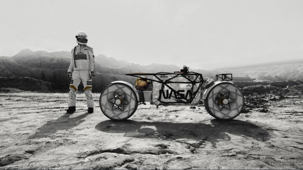 Desain Motor untuk berkendara di bulan.
