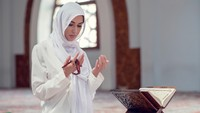 4 Doa Sholat Dhuha Agar Dilimpahkan Rezeki dan Selamat Dunia-Akhirat