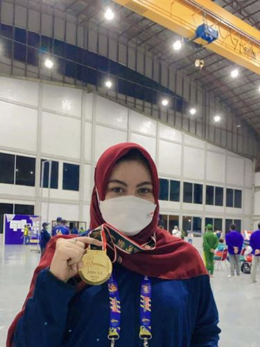 Joshan Dwanisya yang berhasil menyumbangkan medali emas.